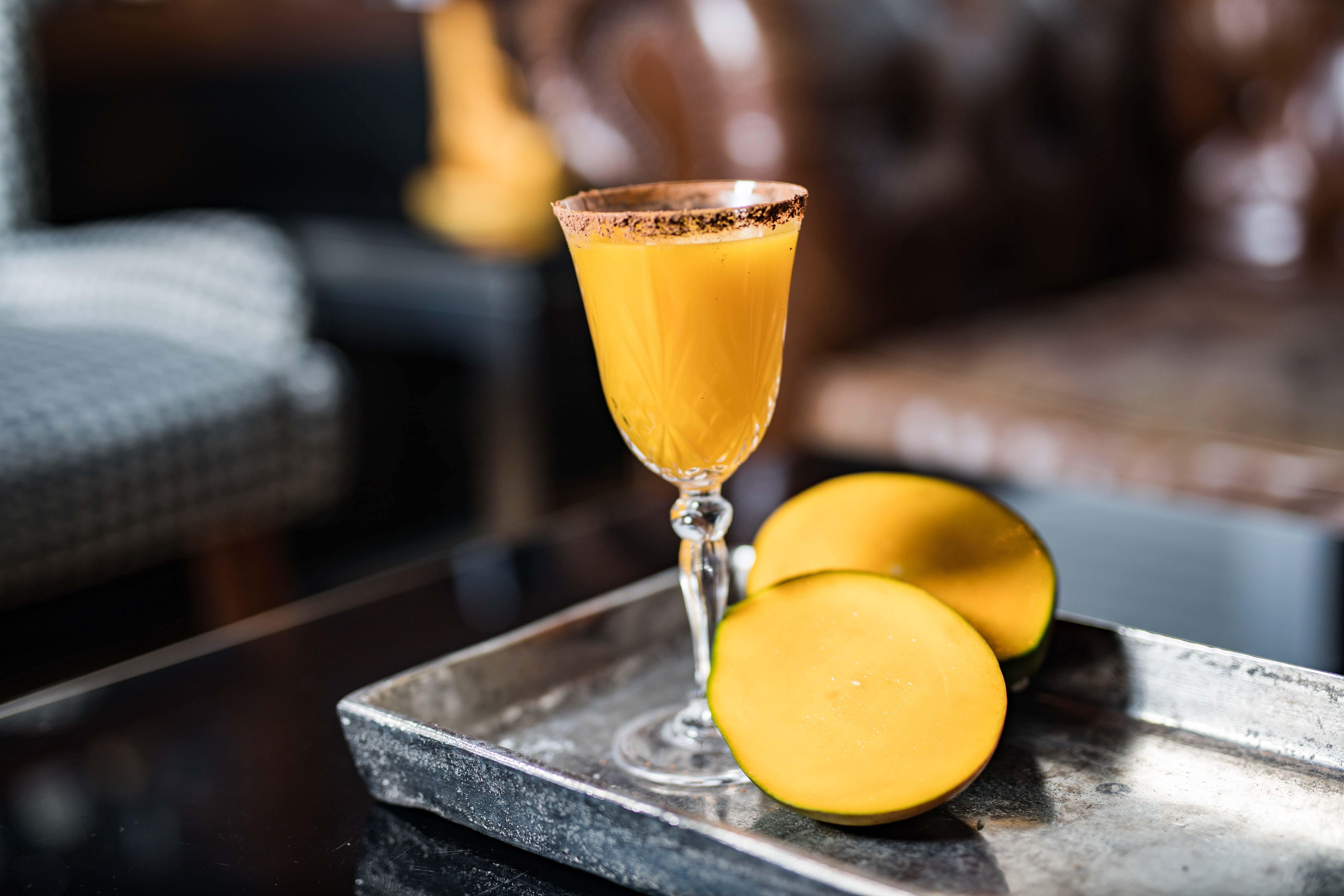 Fresh Mango Cocktail