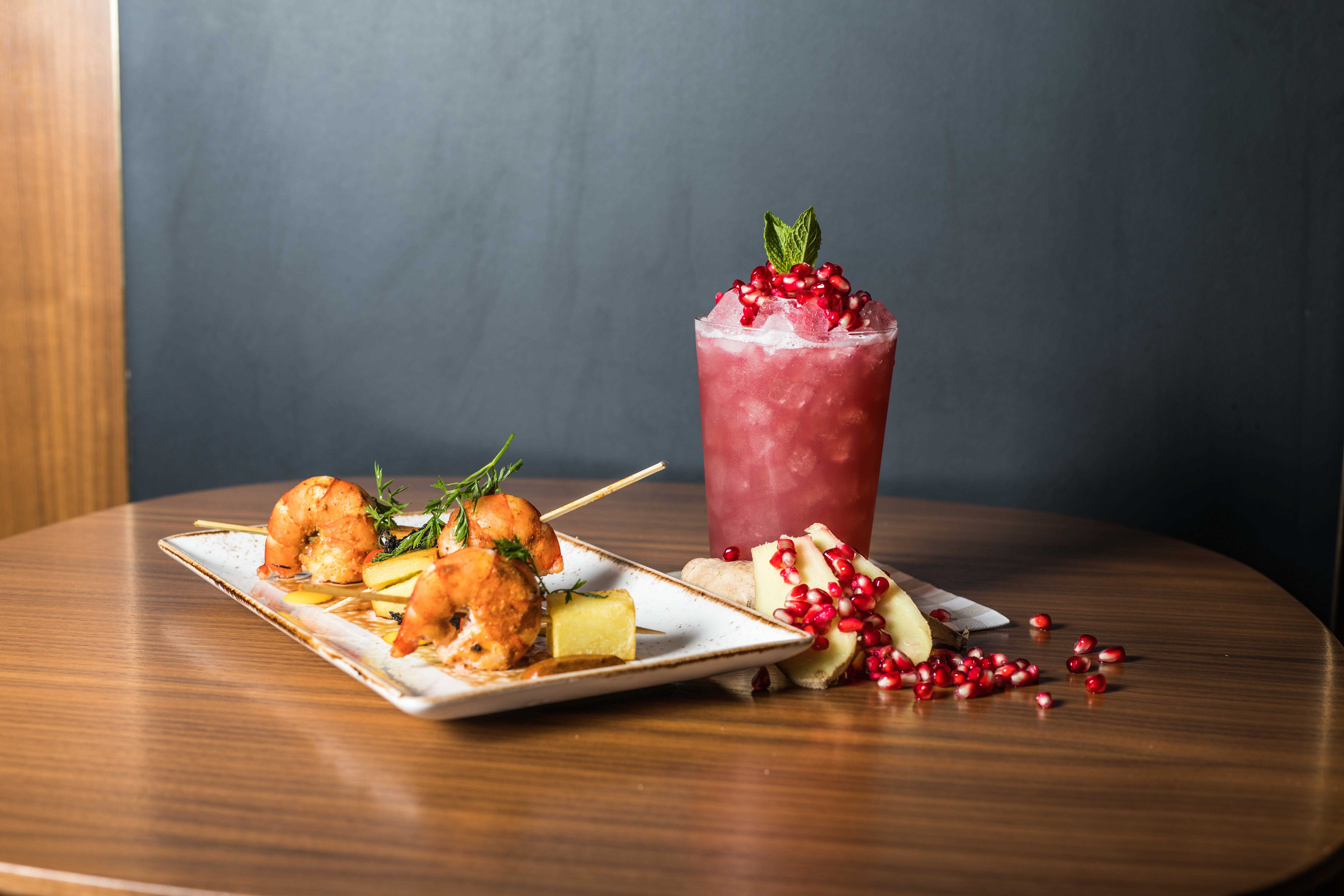 Shrimps and Fruit Punch